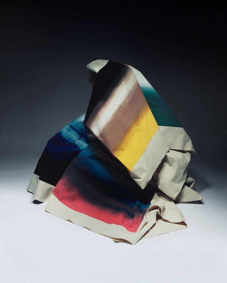 Коллекция мебели от Jonathan Saunders (фото 8)