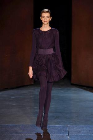 Показ Lefranc Ferrant коллекции сезона Весна-лето 2010 года Haute couture - www.elle.ru - Подиум - фото 139116