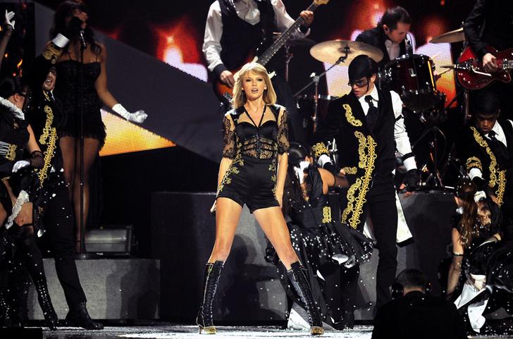 Церемония вручения музыкальной премии Brit Awards, стадион O2 Arena, Лондон
