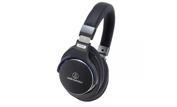 Приз от японского бренда Audio-Technica MSR7