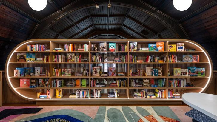 Яркая детская библиотека в Нью-Йорке (фото 2)