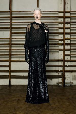 Показ Givenchy коллекции сезона Весна-лето 2012 года Haute couture - www.elle.ru - Подиум - фото 332740