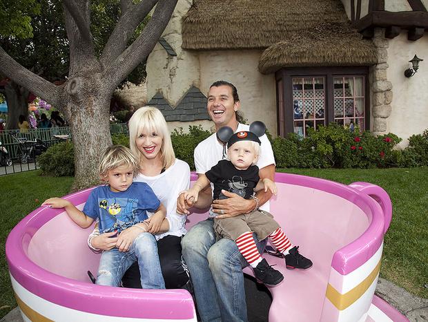 Гэвин Россдейл и Гвен Стефани с детьми