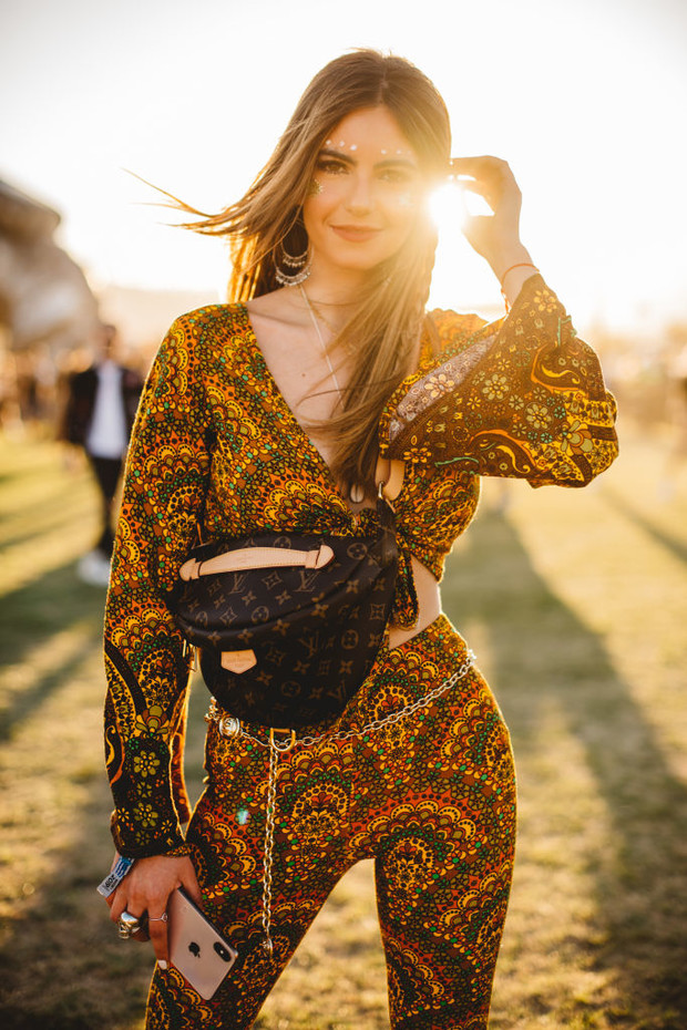 Как одеваются на Coachella? Стритстайл на главном фестивале. Часть #1 (фото 5)