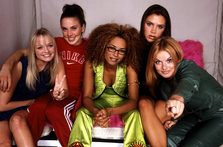 Виктория Бекхэм впервые прокомментировала возвращение в Spice Girls фото [2]