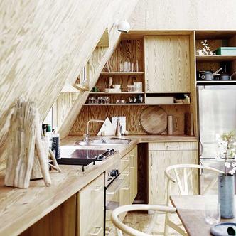 Модные кухни из фанеры: 10 удачных решений (фото 5)