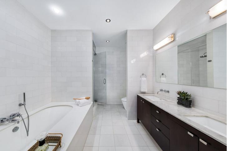Актер Майк Майерс продает апартаменты в Нью-Йорке фото [6]