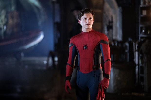 Человек-паук: Вдали от дома (фото 1)