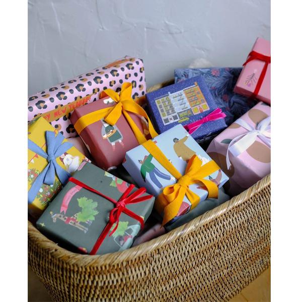Как красиво упаковать новогодние подарки? (фото 19)