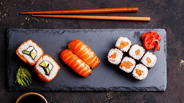 Роллы & суши: рецепты японских блюд