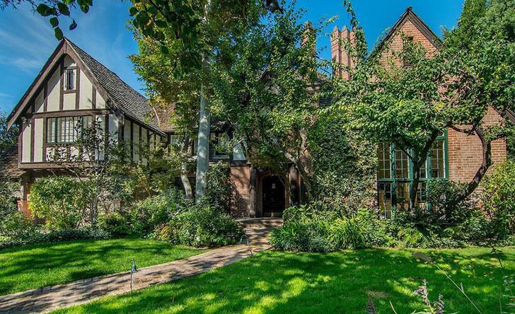 Арми Хаммер купил дом в Лос-Анджелесе за 4,7 млн долларов (фото 0)