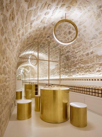 Сияние золота: салон красоты и бутик в Париже (фото 8.2)