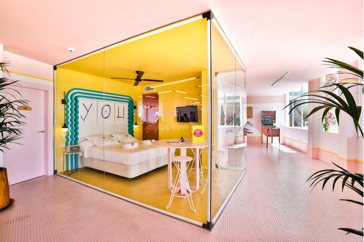 Американский модернизм и группа «Мемфис» в отеле на Ибице (фото 3)