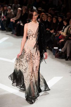Показ Julien Fournie коллекции сезона Весна-лето 2013 года haute couture - www.elle.ru - Подиум - фото 479519