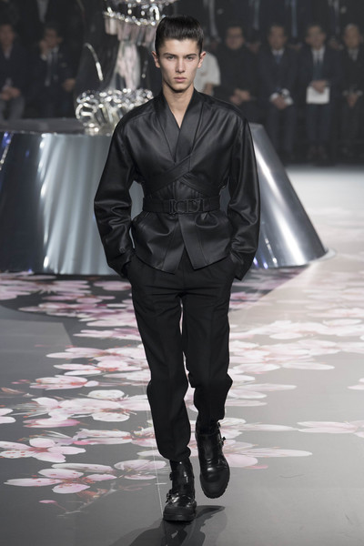 Как прошел первый мужской показ Dior в Японии (галерея 3, фото 44)