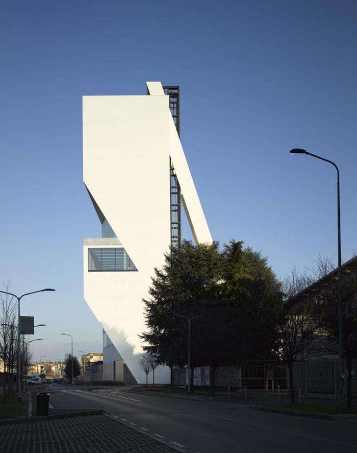 Новое здание Fondazione Prada в Милане откроется в апреле (фото 5)