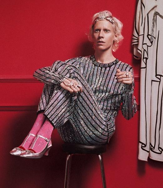 В новой рекламе Gucci снялись римские фрики, пенсионеры и дочь Катрин Денев | галерея [1] фото [22]