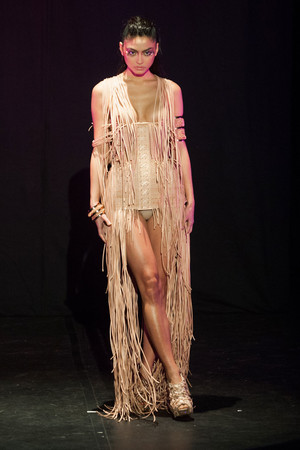 Показ Serkan Cura коллекции сезона Весна-лето 2014 года Haute couture - www.elle.ru - Подиум - фото 575322