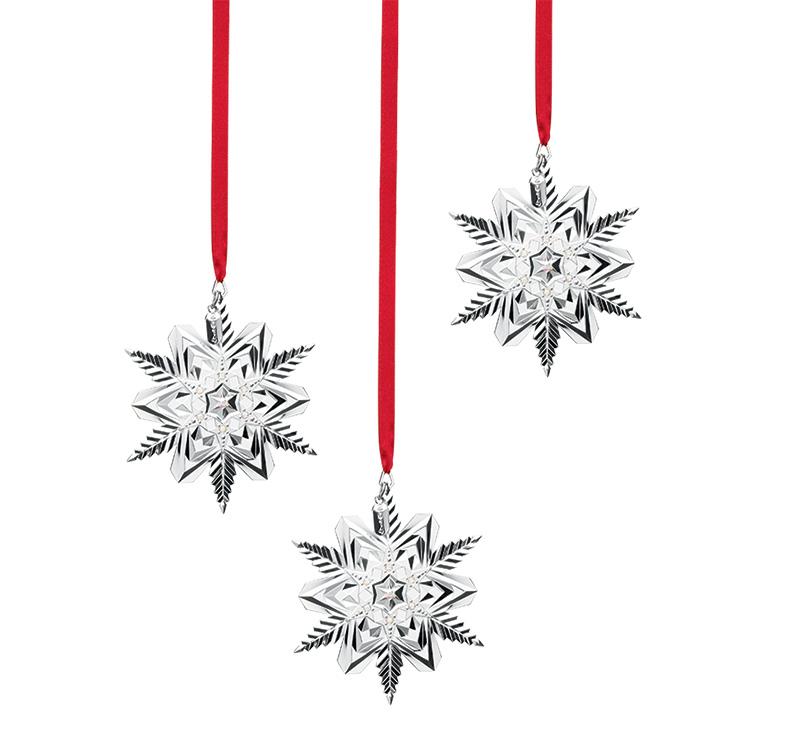 Елочные игрушки Snow Majesty, Lenox, «Дом Фарфора», 2160 руб каждая.