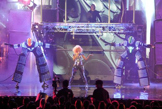 Ники Минаж и Дэвид Гетта на American Music Awards 2011