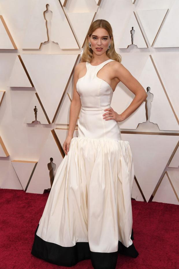 Истинные парижанки выбирают для «Оскара» белый (фото 2)