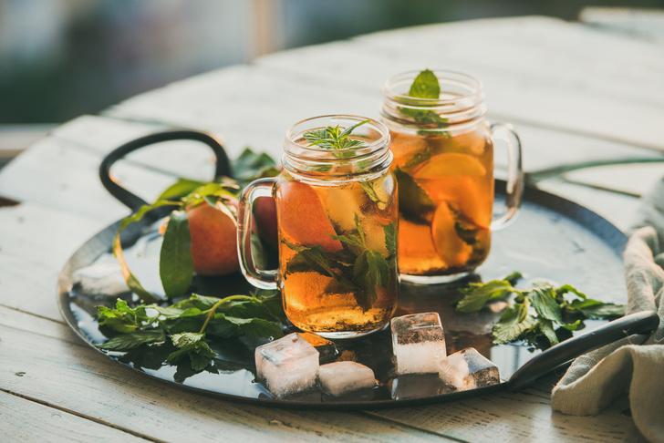 Пора освежиться: 5 рецептов холодного чая (фото 1)