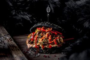 7 самых необычных бургеров Москвы (фото 1.2)