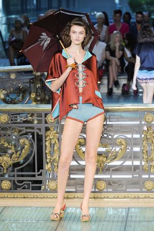 Показ Tsumori Chisato коллекции сезона Весна-лето 2012 года prêt-à-porter - www.elle.ru - Подиум - фото 311108