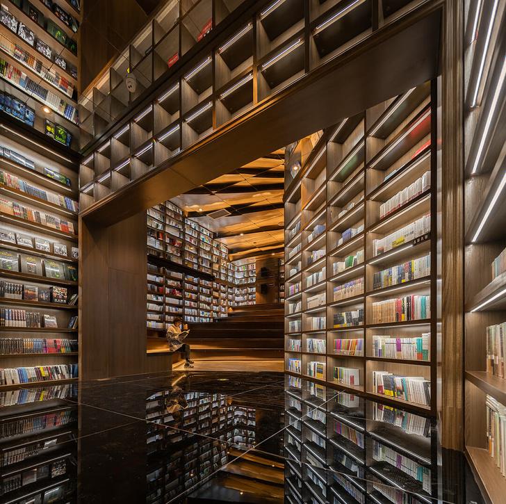 Калейдоскоп книг: завораживающий магазин в Китае (фото 2)