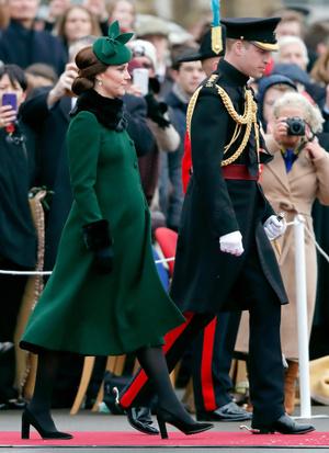 Кейт Миддлтон и принц Уильям на параде в честь Дня святого Патрика (фото 5.1)