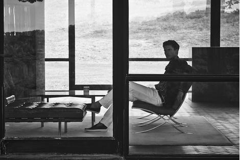 «Стеклянный Дом» Филипа Джонсона – герой рекламной кампании Tod's | галерея [1] фото [8]