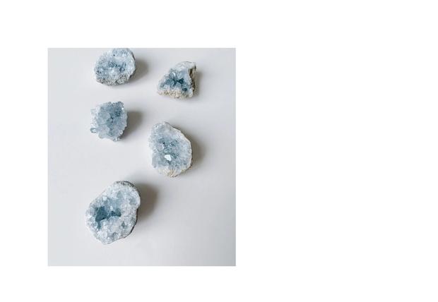 Чистейший голубой: подарки в самом модном цвете 2020 года (фото 47)