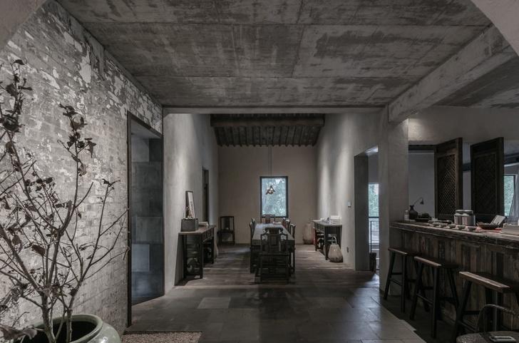 Брутальный офис и бутик в Шанхае (фото 0)