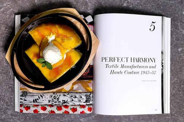 Блины с олениной и вишневым соусом, американские панкейки и французский креп-сюзетт: идеи вкусных и красивых завтраков (фото 6)