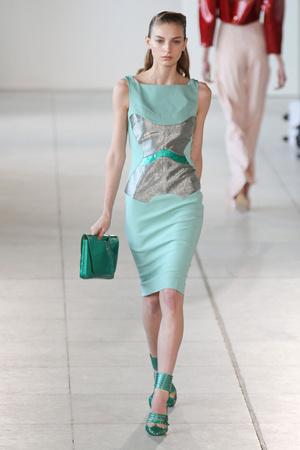 Показы мод Antonio Berardi Весна-лето 2012 | Подиум на ELLE - Подиум - фото 1940