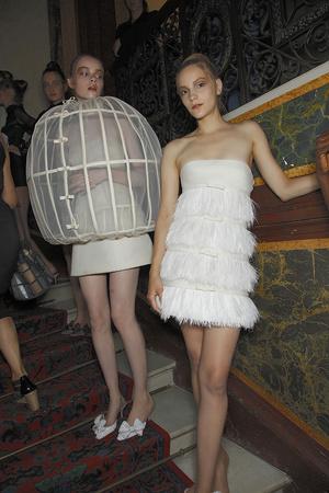 Показ Valentino коллекции сезона Осень-зима 2010-2011 года haute couture - www.elle.ru - Подиум - фото 168346
