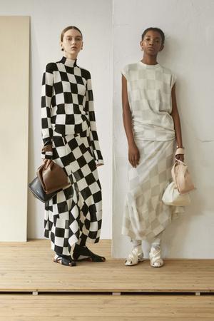 10 новых идей, с чем носить платье летом (фото 17.2)