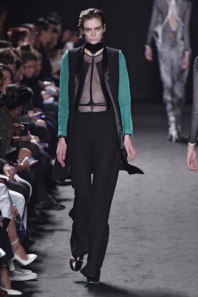 Неделя моды в Париже: день третий | галерея [2] фото [7]