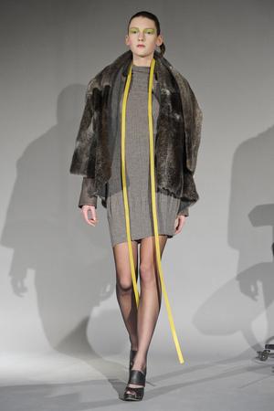 Показ Atelier Gustavo Lins коллекции сезона Весна-лето 2011 года haute couture - www.elle.ru - Подиум - фото 216126