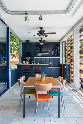 Яркий дом для отдыха на выходных в Сан-Паулу (фото 8.1)