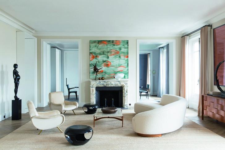 Гостиная в парижской квартире, проект Дамьена Ланглуа-Мёринна