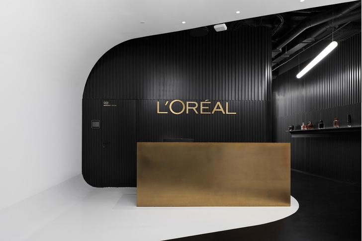 Офис L'Oréal по проекту IND Architects в Москве (фото 15)