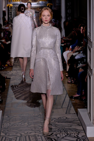 Показы мод Valentino Осень-зима 2011-2012 | Подиум на ELLE - Подиум - фото 2099