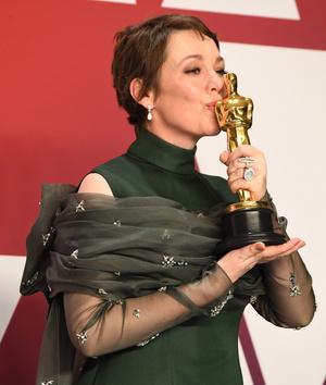 Самые красивые украшения «Оскара-2019» (фото 14.2)
