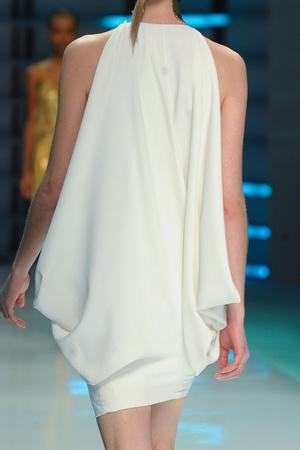 Показ Alexander Vauthier коллекции сезона Весна-лето 2012 года Haute couture - www.elle.ru - Подиум - фото 331970