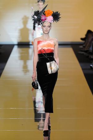 Показ Giorgio Armani Privé коллекции сезона Осень-зима 2011-2012 года haute couture - www.elle.ru - Подиум - фото 277586