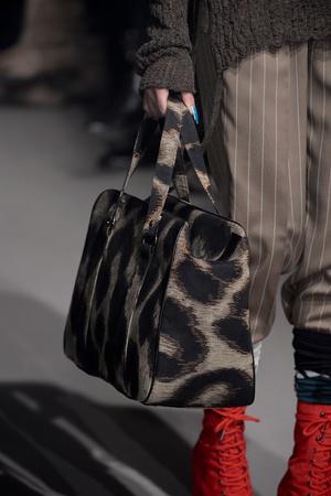 Показ Vivienne Westwood коллекции сезона Осень-зима 2013-2014 года Prêt-à-porter - www.elle.ru - Подиум - фото 540181