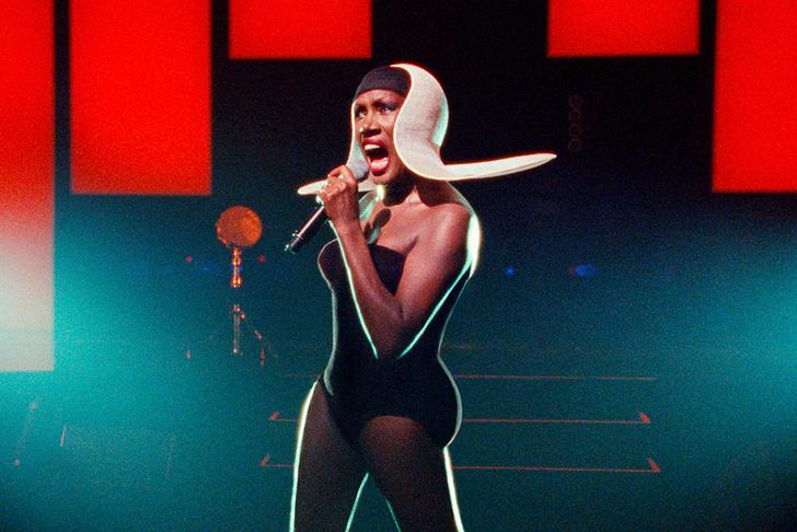 Грейс Джонс: блистательный documentary о легенде культурного и fashion-символа поп-мира фото [2]