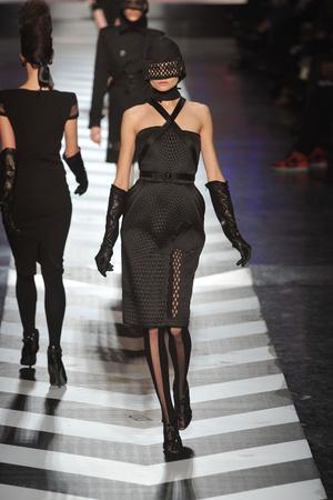 Показы мод Jean Paul Gaultier Осень-зима 2009-2010 | Подиум на ELLE - Подиум - фото 3125