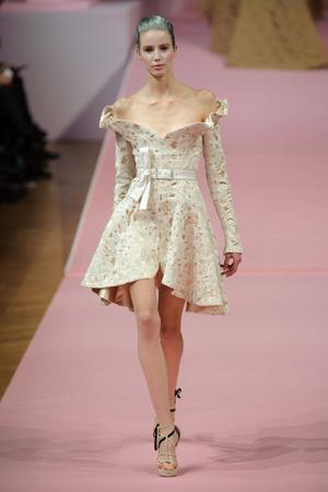 Показ Alexis Mabille коллекции сезона Весна-лето 2013 года Haute couture - www.elle.ru - Подиум - фото 477540